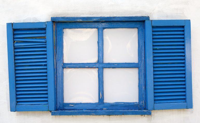 取り付けて一ヶ月で交換した窓ガラスの話